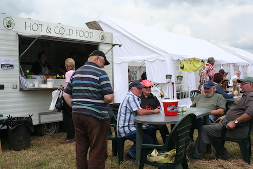 Real Ale Bar and food at the festival