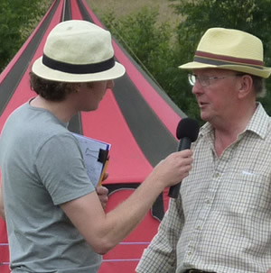 Kirk England interviewing Ian Warham at the 2015 show