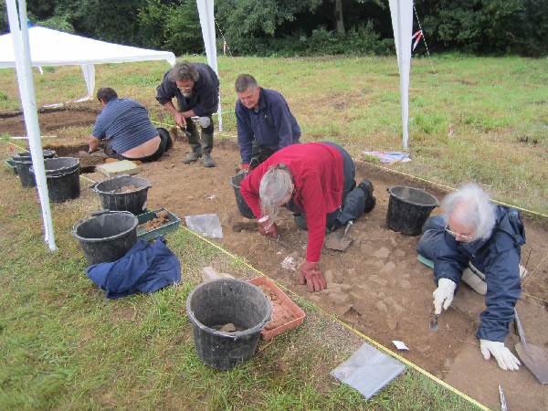 Moistown dig by Ace Archaeology.